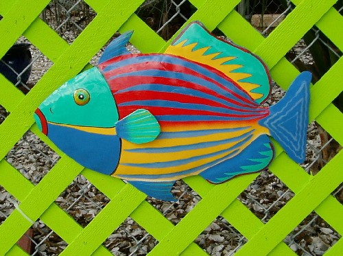 "17"" Trigger Fish Metal Wall Decor"